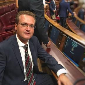 """Diego Clemente: """"Cascos dijo que en 2005, de la Serna en 2023 y la realidad es que el Gobierno de PP no ha construido ni un metro de AVE aún"""""""