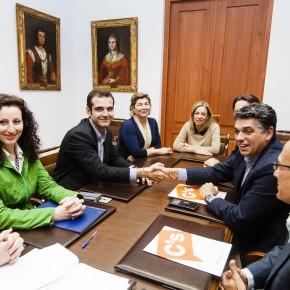 Ciudadanos y Partido Popular llegan a un acuerdo para aprobar los Presupuestos municipales de 2017