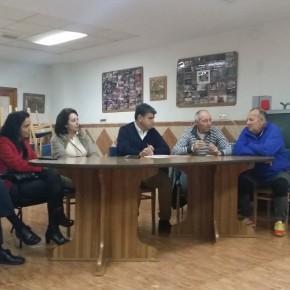 Cs explica sus medidas presupuestarias a los vecinos de Pescadería con inversiones en el Barranco Caballar, el puente de Plaza Pavía y asfaltado y señalización de sus calles