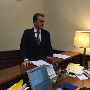 Diego Clemente solicita respuestas al Gobierno por la paralización de las obras del AVE Murcia-Almería y la posible huida de varias empresas de la alta velocidad