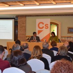 Ciudadanos Almería informa a una veintena de asociaciones sobre los acuerdos presupuestarios alcanzados en materia social