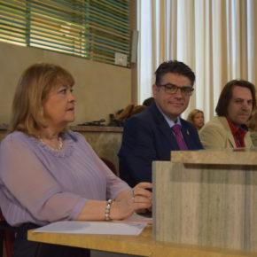 """Cazorla: """"Con nuestro voto no vamos a retrasar ni un minuto más la rehabilitación de la Plaza Vieja, demoras que hemos criticado duramente"""""""