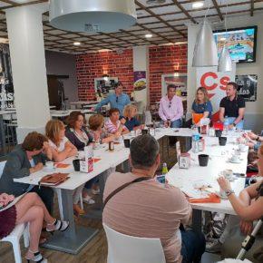 Cs El Ejido traslada a asociaciones de mujeres las medidas de formación naranja en políticas sociales y de igualdad