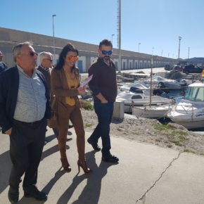 """Marta Bosquet: """"Es una indecencia la actitud de la Junta con el puerto de Carboneras, del que viven decenas de familias"""""""