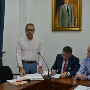 """José Miguel Torrecillas: """"El alcalde del PP está llevando a este Ayuntamiento a una parálisis total"""""""