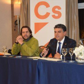 El Grupo Municipal de Ciudadanos reúne a sus militantes para analizar el trabajo realizado en el Ayuntamiento de Almería