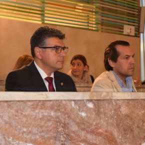 Unanimidad en la moción de Cs Almería para prevenir el consumo de alcohol entre los menores de edad en la capital