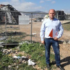 Cs alerta de que la falta de una planta de acopio de residuos plásticos en Adra limita el desarrollo agrícola