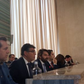"""Cazorla lamenta que la """"cabezonería"""" de PP y Vox con la reforma de la Plaza Vieja termine en los juzgados"""