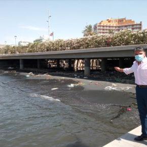 Cs propone una actuación urgente para retirar lodo fecal y todo tipo de basuras de la desembocadura de la Rambla de Almería