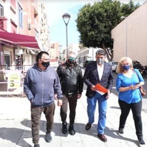 Cs atiende las demandas de los vecinos de las 500 Viviendas relativas al centro social y a deficiencias del barrio